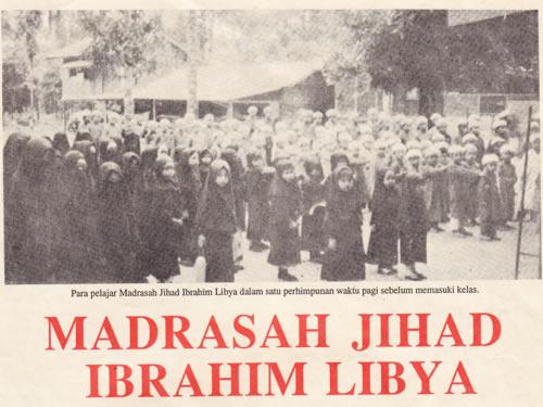 Ibrahim Libya membuka sekolah di Memali dan mengumpul pengikutnya menentang kerajaan