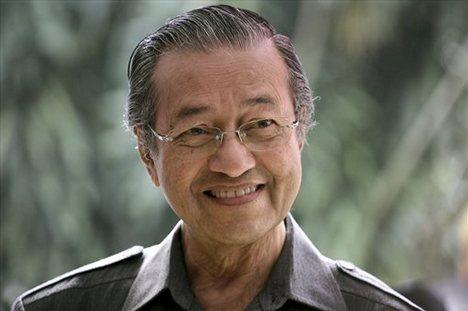 Tun Mahathir : Jangan Perjudikan Nasib Negara Dengan Memberi Kepada Parti Yang Tidak Layak