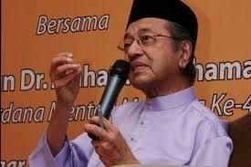 Tun Dr. Mahathir Mohamad negarawam ulung